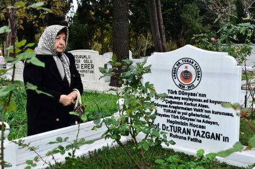 t yazgan anma2017 Foto mk-(2)