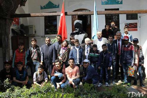 Türk Dünyası Bakü Atatürk Lisemizin Öğrencileri Vakfımızı Ziyaret Etti
