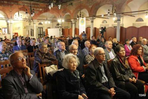 Turan Kültür Merkezi - Gaspıralı'nın Kütüphanecisi İSMAİL OTAR