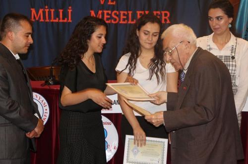 Turan Kültür Merkezi - Türk Gençliği ve Millî Meseleler